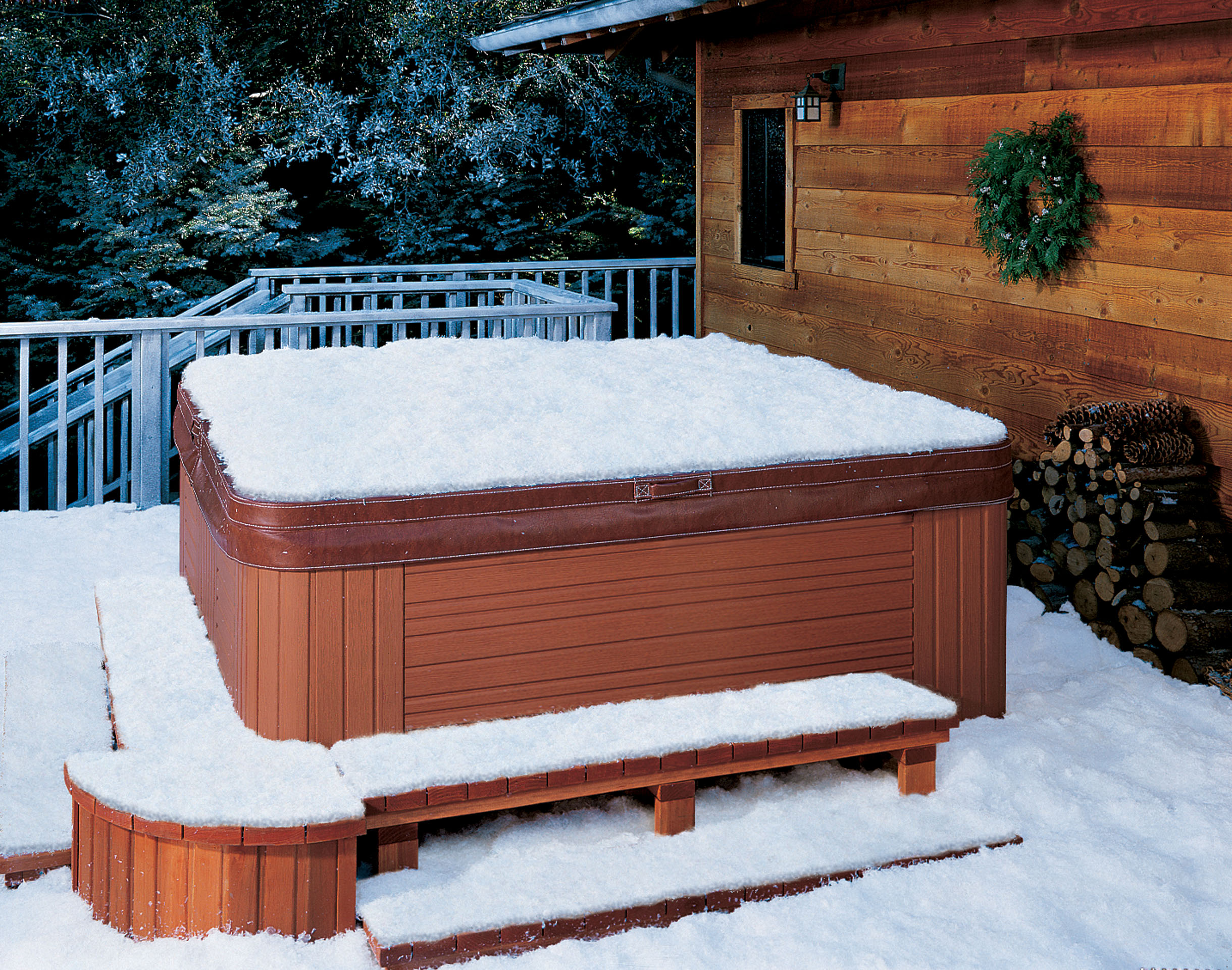Hot-Tub-in-Snow